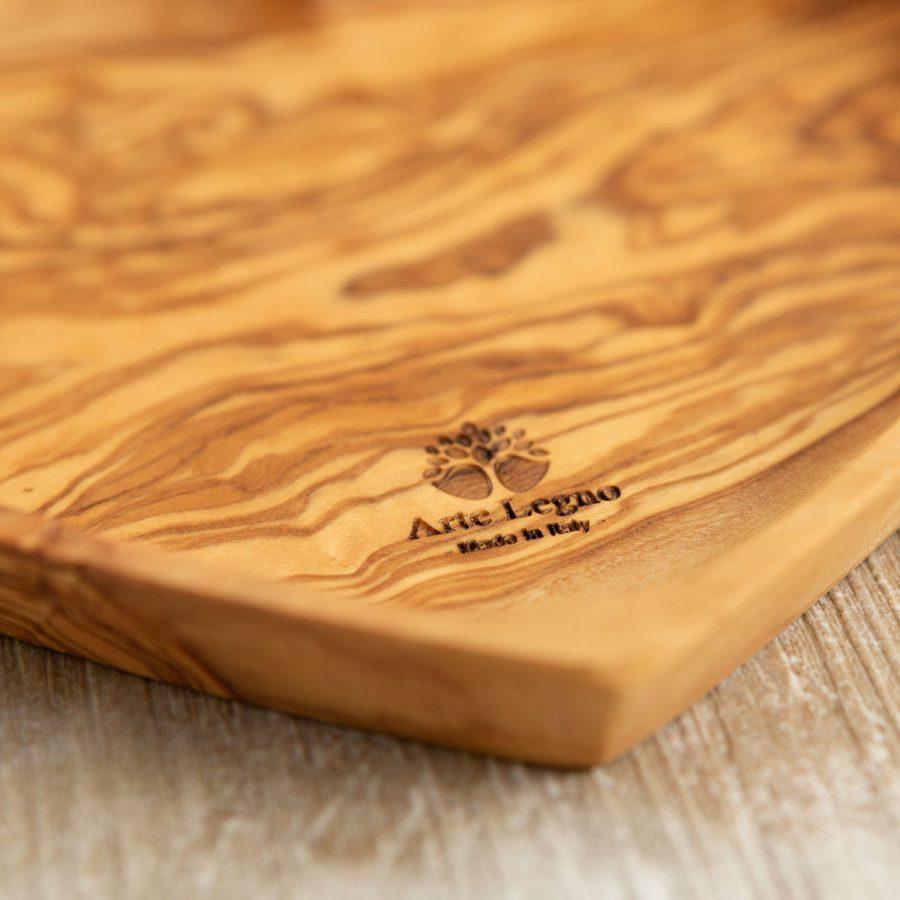 Atipastiera cuore - cm 19x17x2 in legno di ulivo - Arte Legno