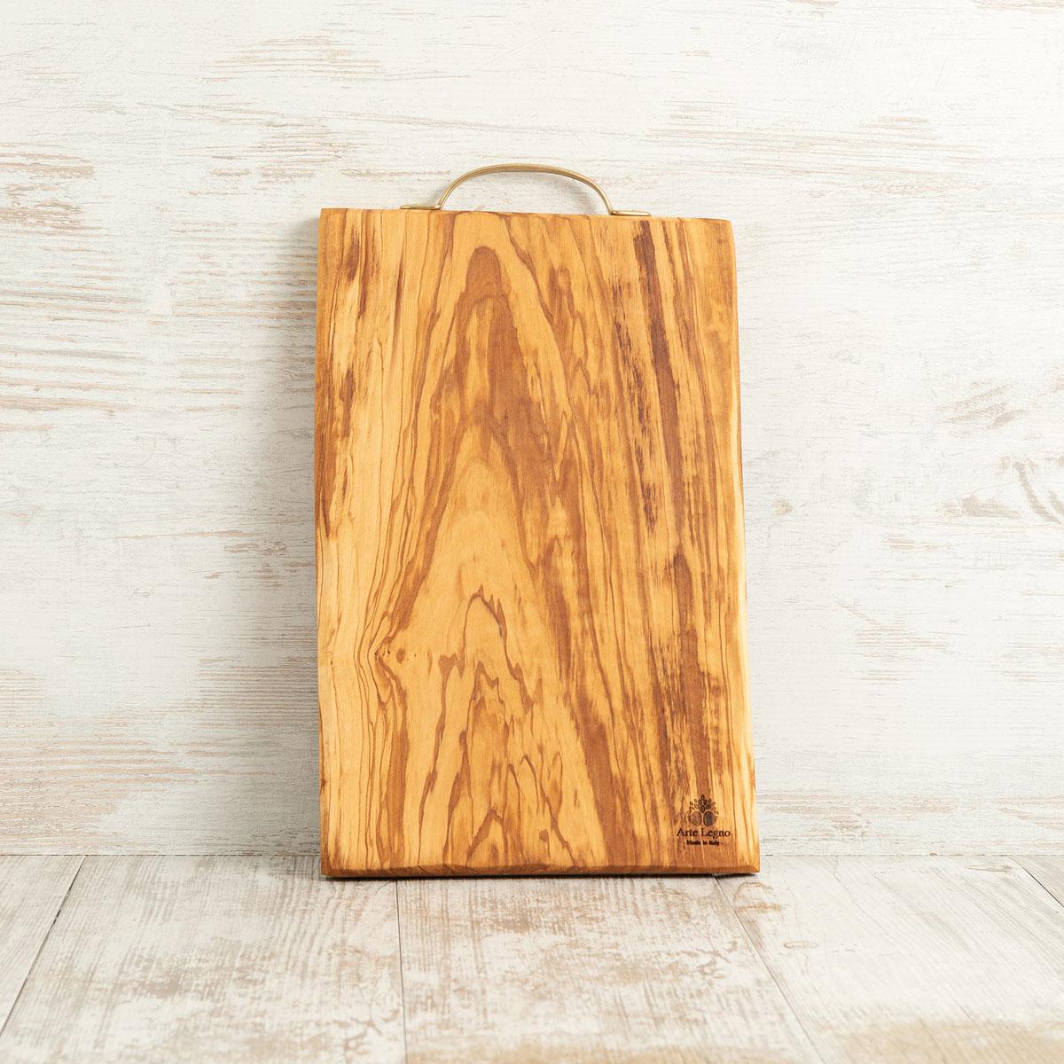 Tagliere con maniglia in ottone – cm 38×23×2 - Arte Legno