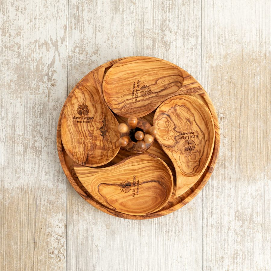 Set antipasto a goccia in legno di ulivo