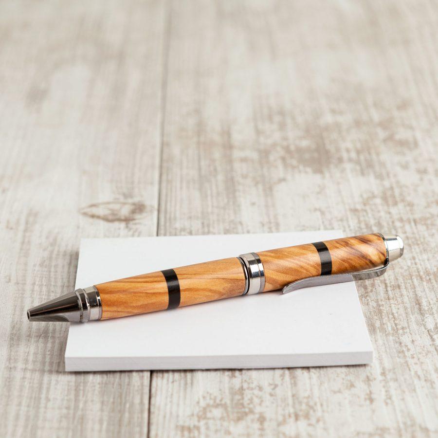 Penna in legno di ulivo e ebano, parte metallica finitura lux