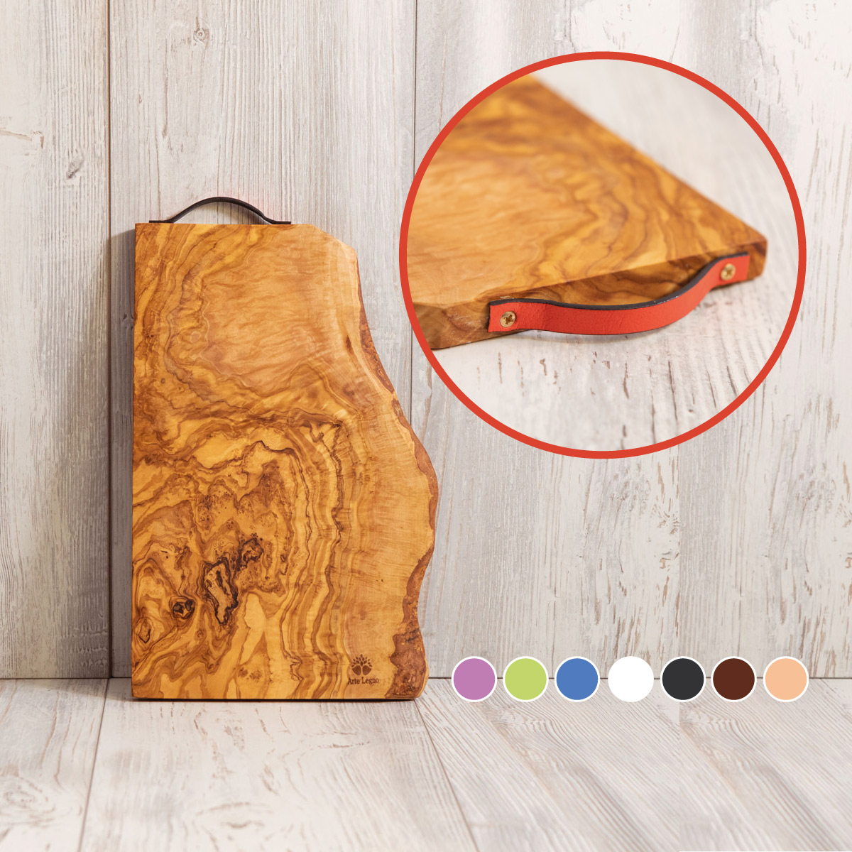 Tagliere in legno di Ulivo con manico in cuoio - Artelegno